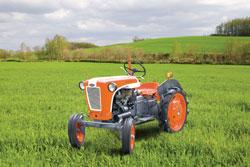 tractor0512.jpg